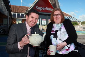 ***** repro free******** 03/06/2015 Newstalks Jonathan Healypours a cup of tea for Loretto Dempsey outside SuperValue Blanchardstown. Loretto Dempsey was photographed in SuperValu in Blanchardstown where she once worked as a baker before she was diagnosed with MND. To join Loretto's fight, you can organise a Drink Tea for MND event throughout the month of June. To get your free SuperValu Tea pack, please email fundraising@imnda.ie  or Freefone 1800 403 403. Photo IMNDA
